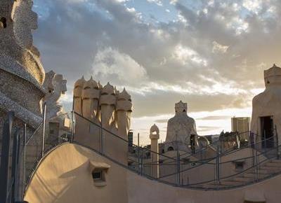 La Pedrera: Exclusive Morning Access - Visit at sunrise