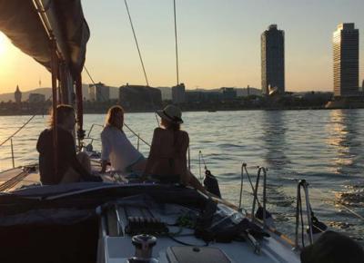 Boat trip along the coast of Barcelona